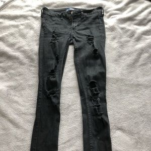 Black hollister ripped jeans